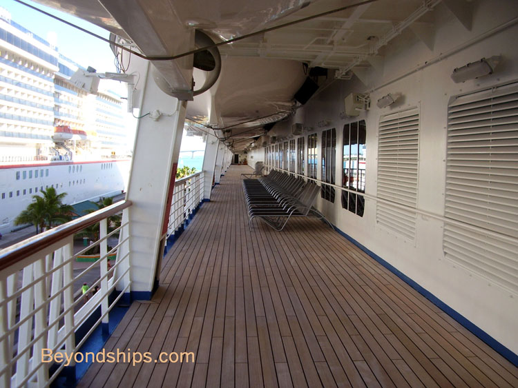 Carnival Conquest - Photo Tour, Guide and Commentary open ...