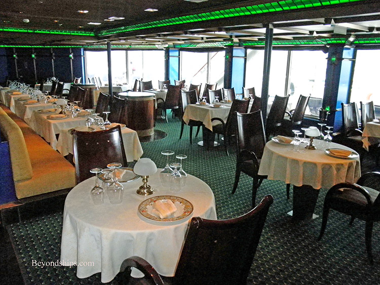 carnival glory emerald steakhouse review