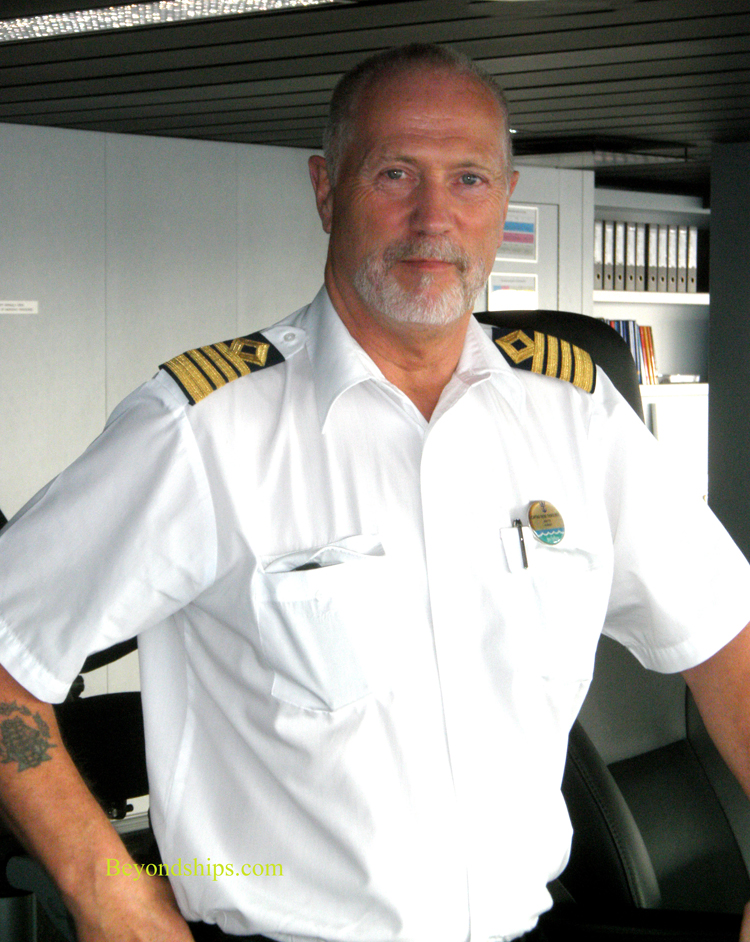 Oasis Of The SeasInterview Captain Thore Thorolvsen - Cruise ship captains