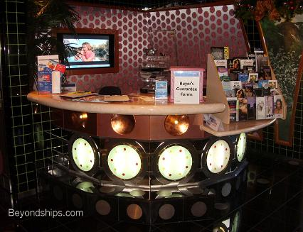 Port shopping desk, Cruise ship Carnival Splendor