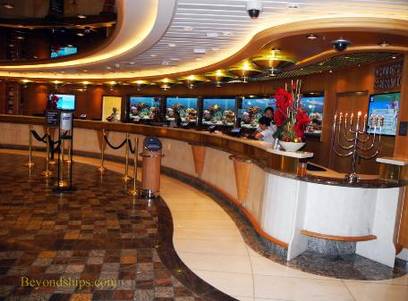Guest Services desk cruise ship Independence of the Seas