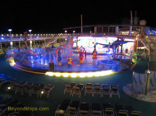 Liberty of the Seas pool