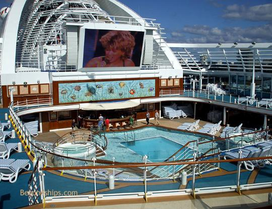 Ruby Princess movies under the stars
