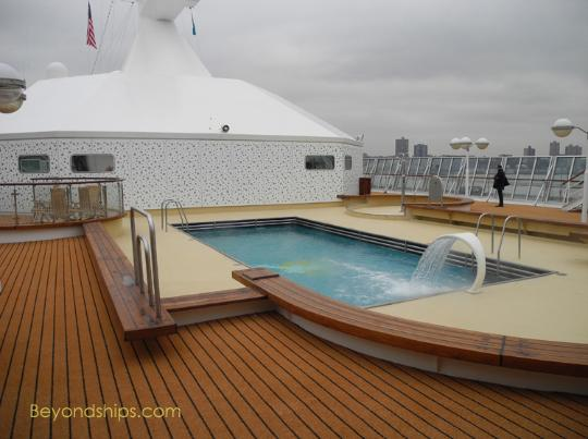 Artania cruise ship (kreuzschiffe), pool