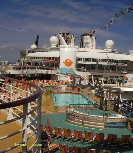 Oasis of the Seas pools