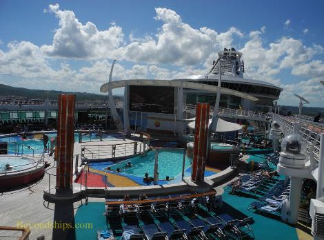 Brilliance Of The Seas >> Independence of the Seas - Photo Tour and Commentary ...