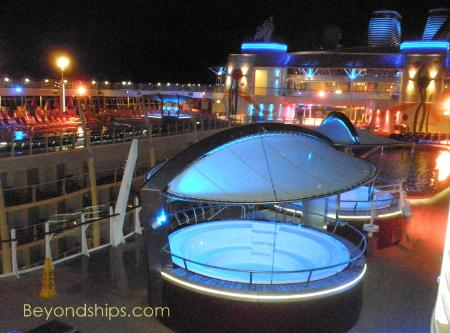 Allure Of The Seas Photo Tour And Commentary Pg 2 Pools