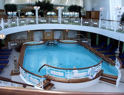 Ruby Princess pool