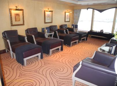 cruise ship photo Cunard's Queen Victoria - spa relaxation area