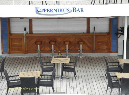 Artania cruise ship (kreuzschiffe), Kopernikus Bar