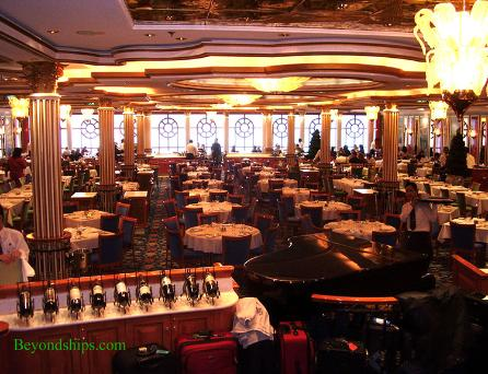 Norwegian Dawn, dining