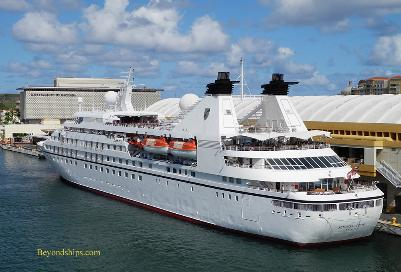 cruise ship Seabourn Legend