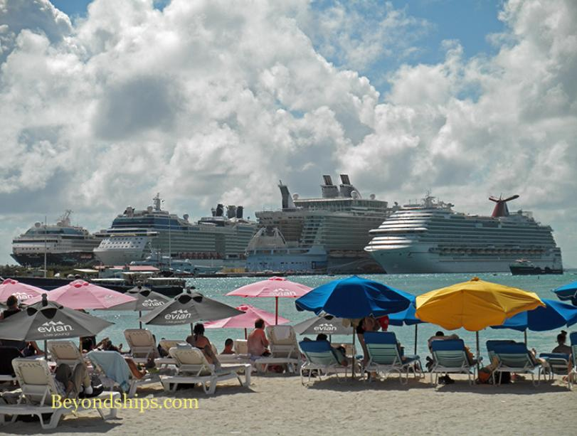 Photo of cruise ships in St. Maarten