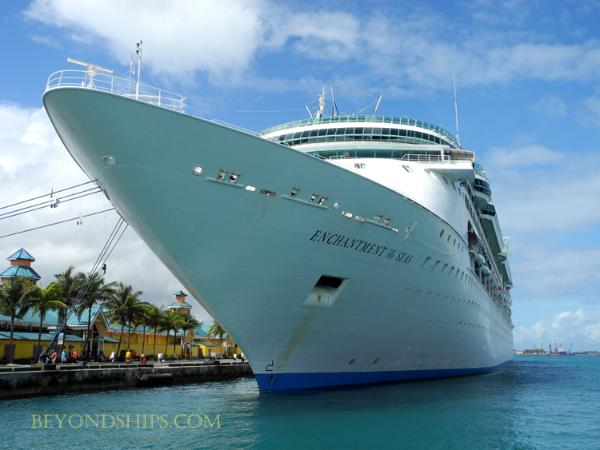 Photo of cruise ship Enchantment of the Seas, Royal Caribbean