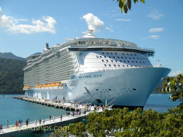 Image of Royal Caribbean cruise ship Allure of the Seas