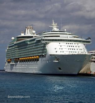 Photo of Royal Caribbean cruise ship Navigator of the Seas