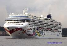 Photo of cruise ship Norwegian Jewel, Norwegian Cruise Line